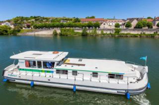 Locaboat : P1500R photo 1