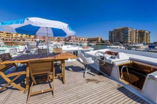 Sun deck on the P1500 FB