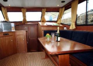 Saône Bateaux : BWS Cruiser 1150 Annelies photo 3