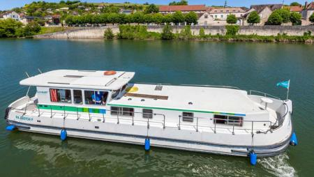 P1500R Locaboat