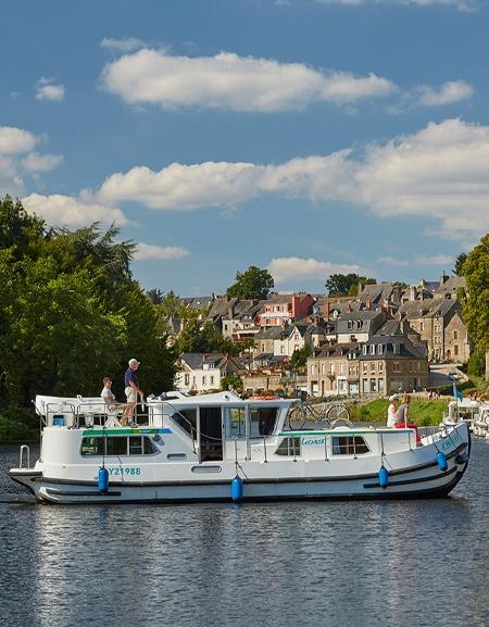 Bateau Locaboat P1180FB