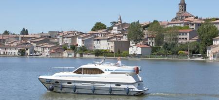 Countess Le Boat